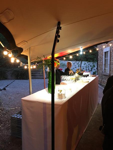 table-buffet-location-mobilier-pour-evenement-lyon